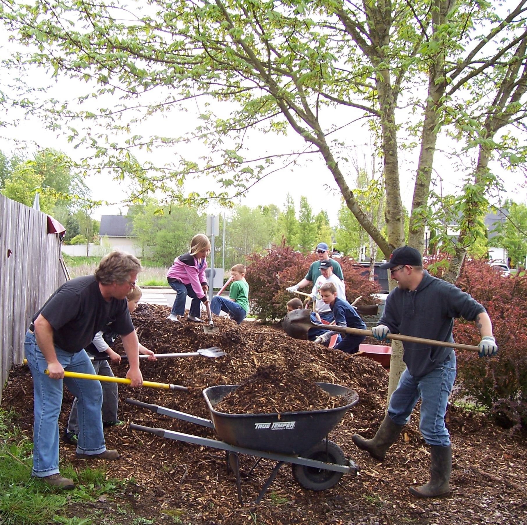 Triangle Park Volunteers Working